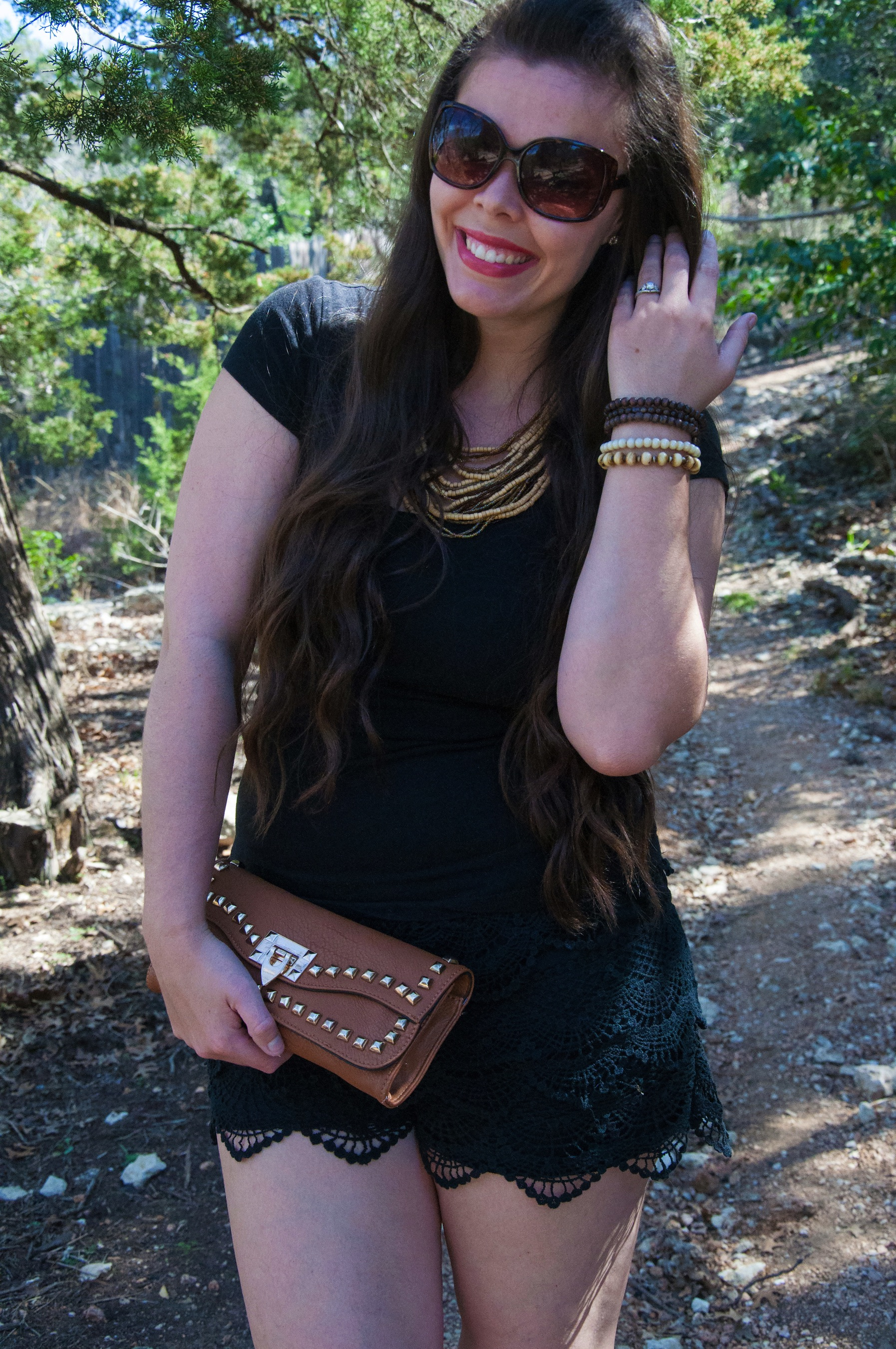 Black and cognac outfit
