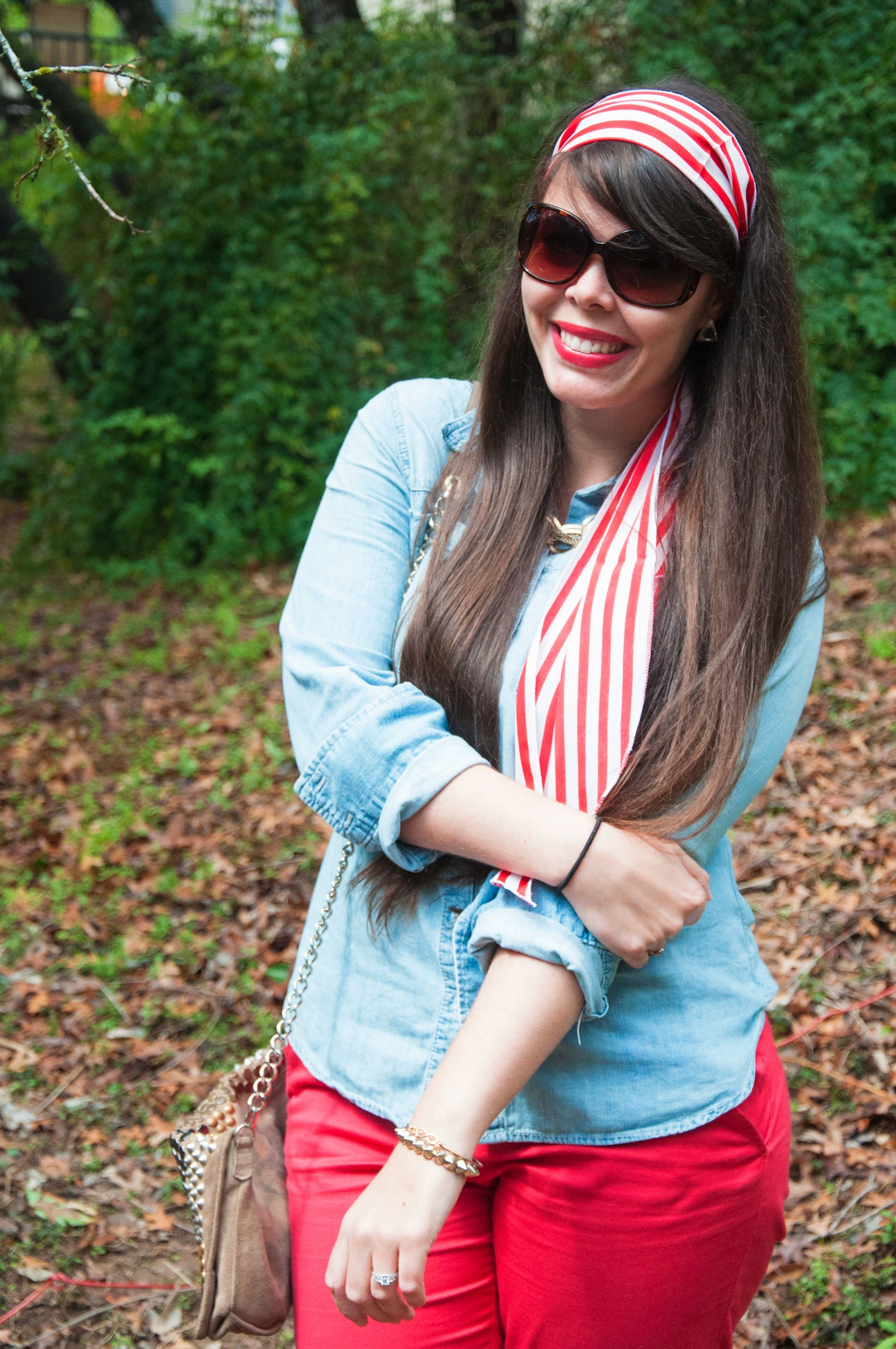Chambray red and white