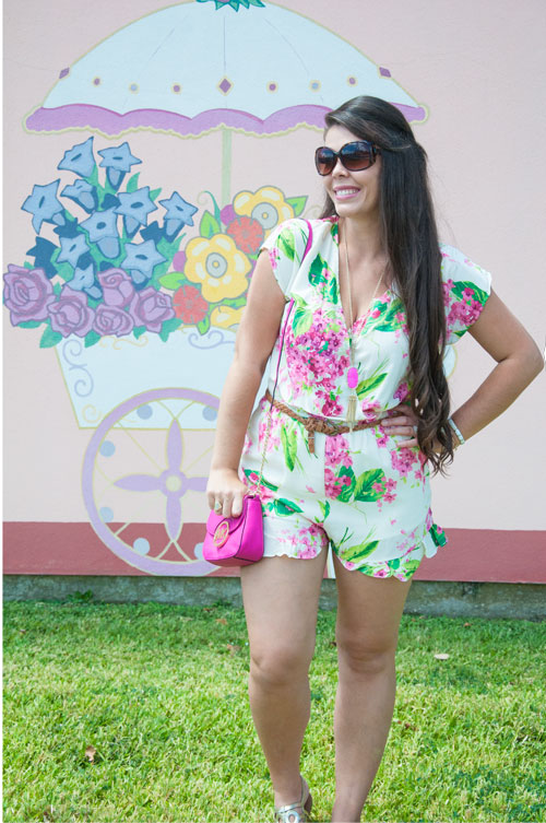 Michael kors, Kendra Scott, and a floral romper