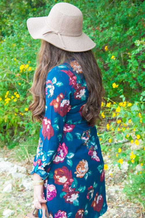 Fall Outfit Inspiration- Navy Shirt Dres with Floppy Hat