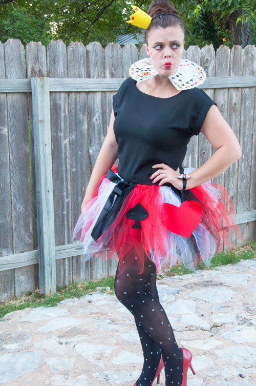 The Queen Of Hearts Diy Costume All That Glitters