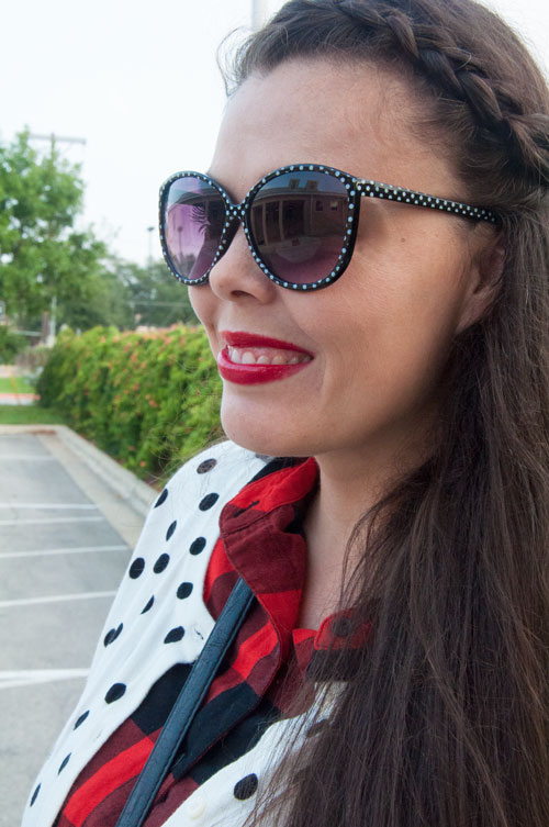Polka dots and buffalo checks, great pattern mixing inspiration