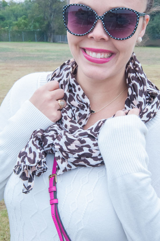 Leopard print scarf with a pop of pink