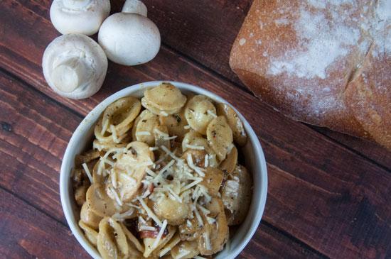 Mushroom and Bacon Pasta with Cream