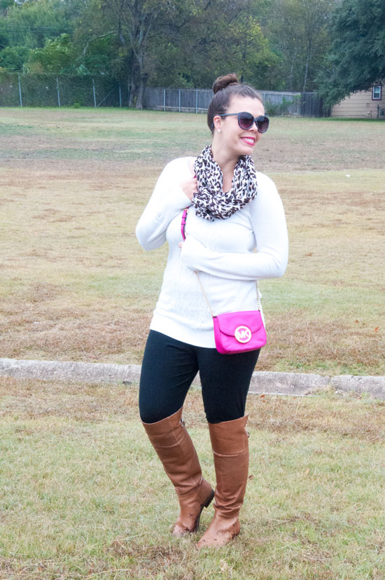 White sweater with leopard scarf and pink crossbody