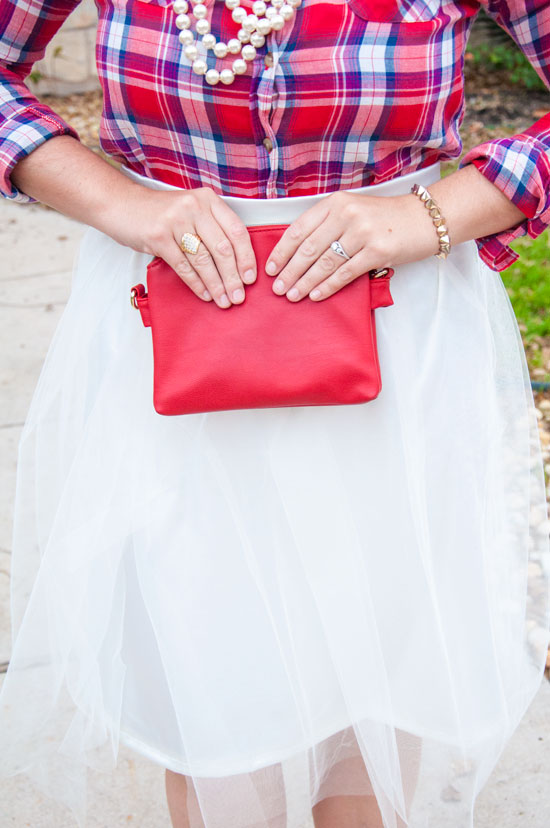 Plaid and tulle holiday outfit
