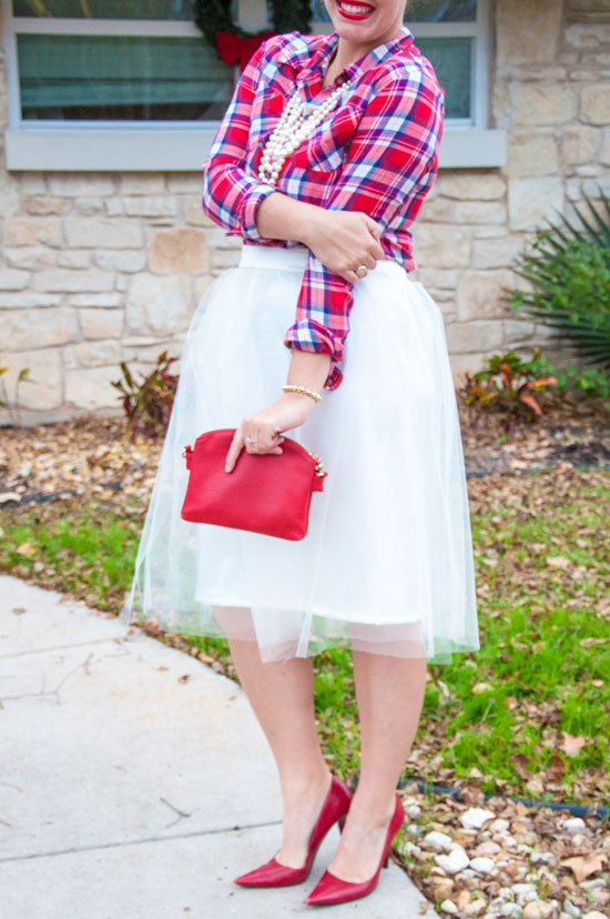 White tulle skirt DIY