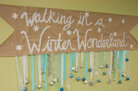 Winter Wonderland Sign with ornaments