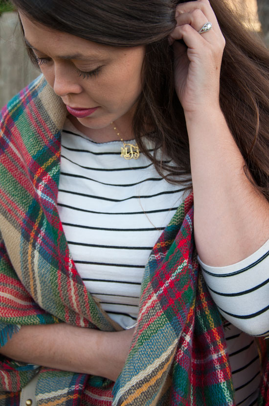 How to- pattern mixing with stripes and plaid