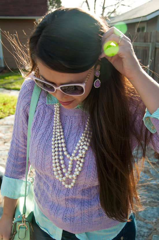 I love the preppy pearls with the layered look