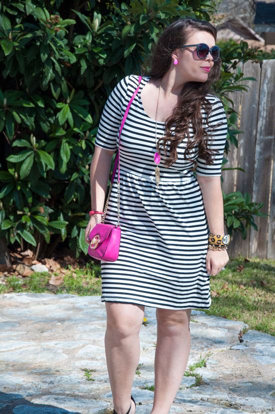 Black and white and pink outfit- from Kendra Scott and Old Navy