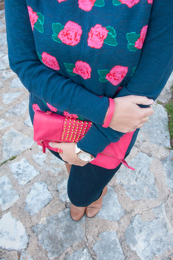 Pink rose sweater with denim
