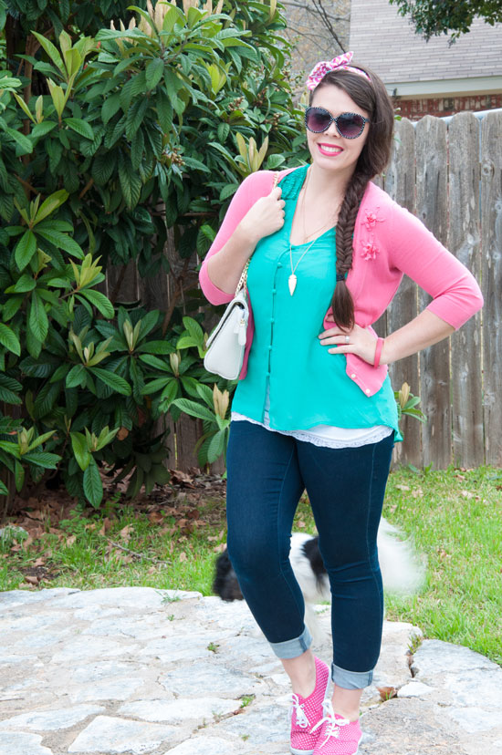 Green and pink outfit for spring